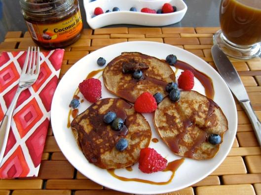Bananut Pancakes